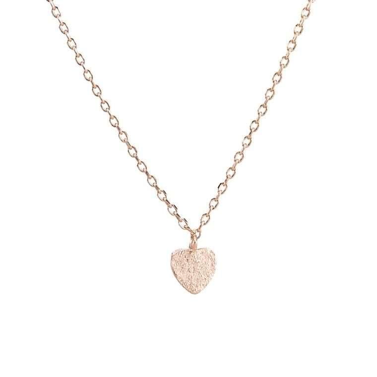 Γυναικείο ασημένιο κολιέ καρδιά σε ροζ χρώμα.