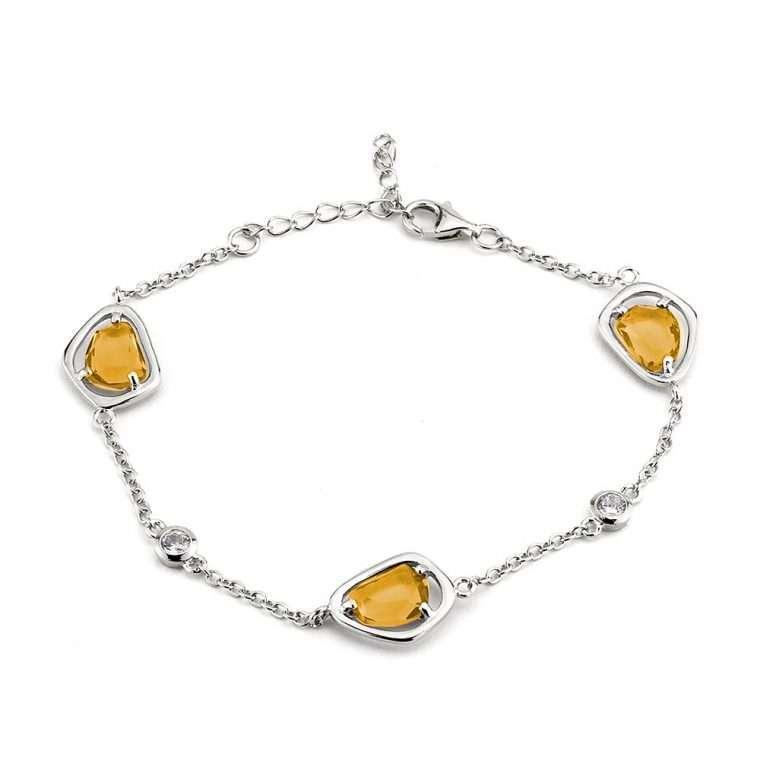 Ασημένιο βραχιόλι 3 τετράγωνες κίτρινες πέτρες σε ασημί  χρώμα.