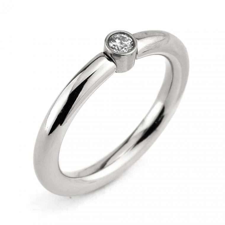Γυναικείο δαχτυλίδι stainless steel ασημί με μονοπετράκι 2