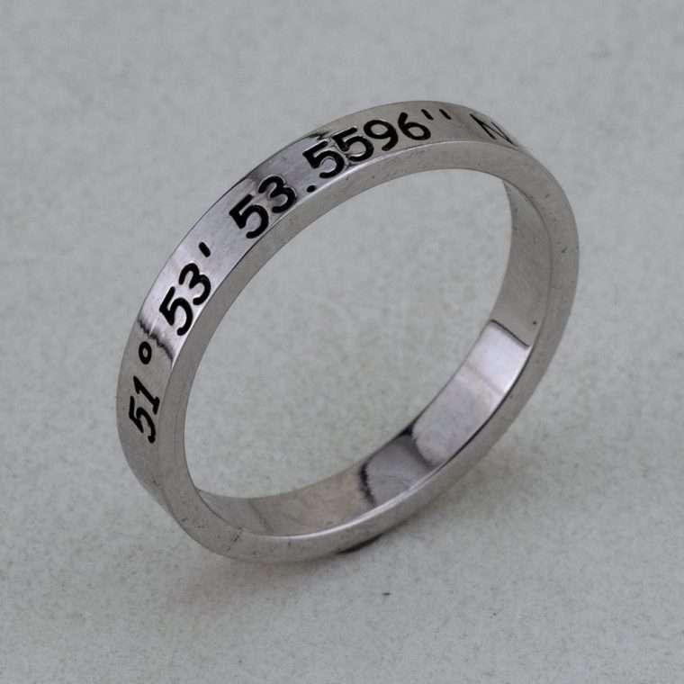 Ασημένιο δαχτυλίδι βεράκι με χάραξη. VR6